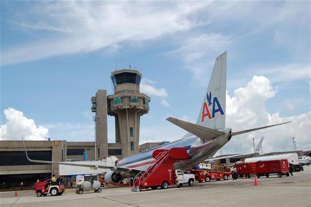 aeropuerto-internacional-ernesto-cortissoz-llegadas-vuelos