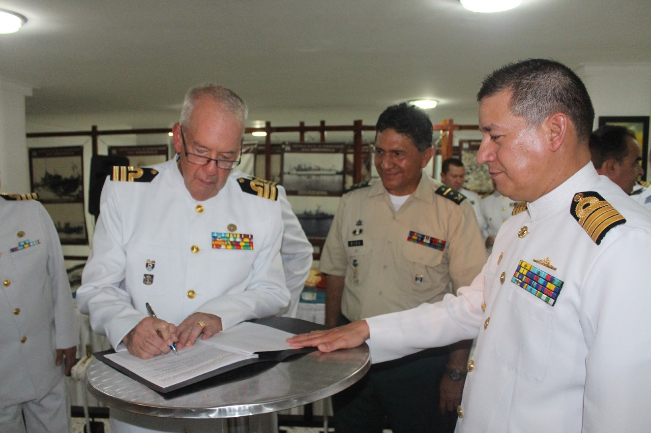 comandante-reserva-naval