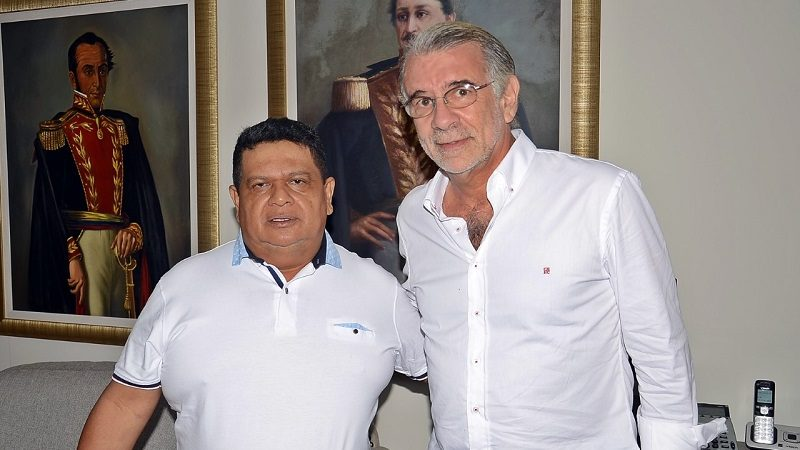 goberandor-eduardo-verano-con-el-alcalde-e-de-galapa%2c-manuel-vidal-vergara-corro