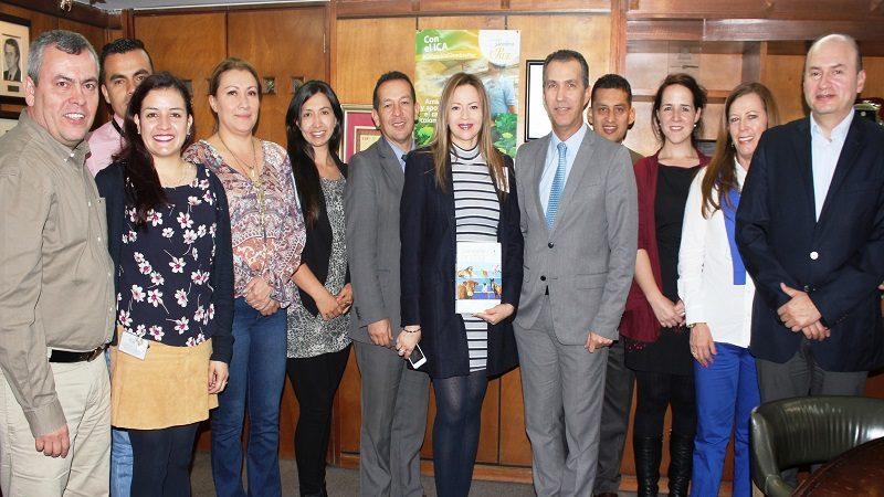 El ICA y la Uniagraria adelantan proyecto para fortalecer los servicios veterinarios en Colombia