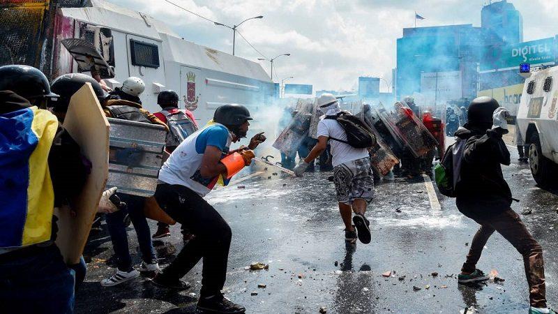 Asesinan a otro joven en marchas contra Maduro en Venezuela