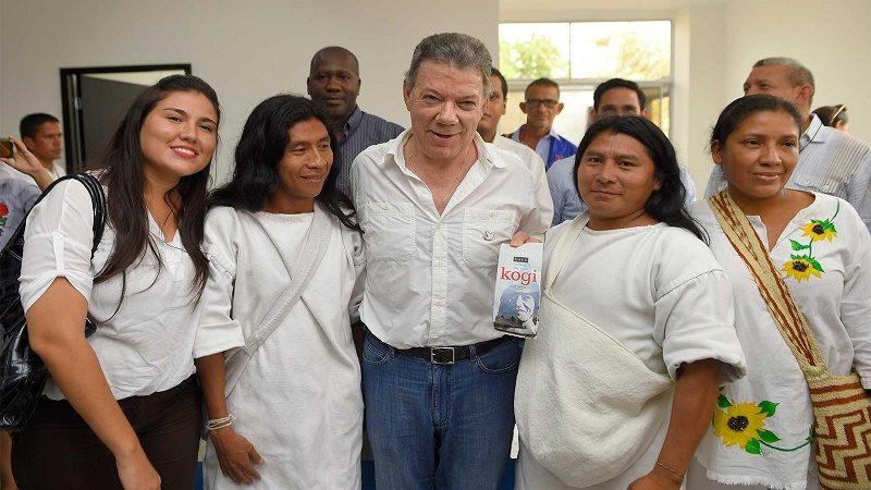 Durante la inauguración del Centro Regional de Atención y Reparación a las Víctimas, el Presidente Juan Manuel Santos departió con indígenas que lideran importantes programas de emprendimiento agropecuario en Magdalena.