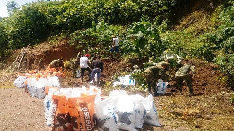 Construyen jarrillones en Achí, Bolívar, para protegerse del río Cauca