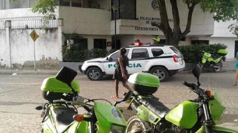 Cuatro Policías heridos deja atentado contra una estación en Cartagena ok
