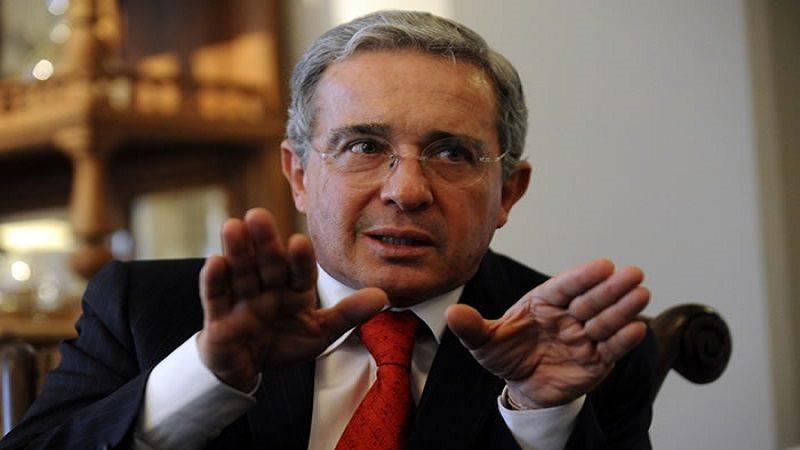 Las excusas del expresidente Uribe por ofender a madres de 'falsos positivos' en Soacha