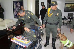 Policía le cumple el sueño a niño de 12 años con situación de discapacidad 3