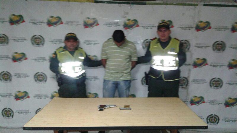 Policías persiguen, hieren y capturan a dos atracadores cerca al Lago del Cisne