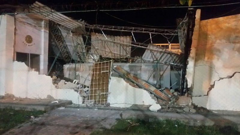 Se desplomó el techo de la iglesia San Luis Beltrán