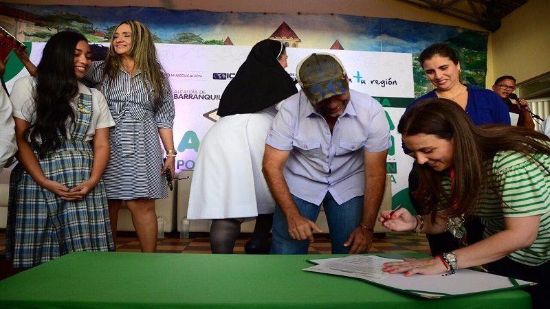 Distrito abrió inscripciones para acceder a becas ICETEX en Barranquilla
