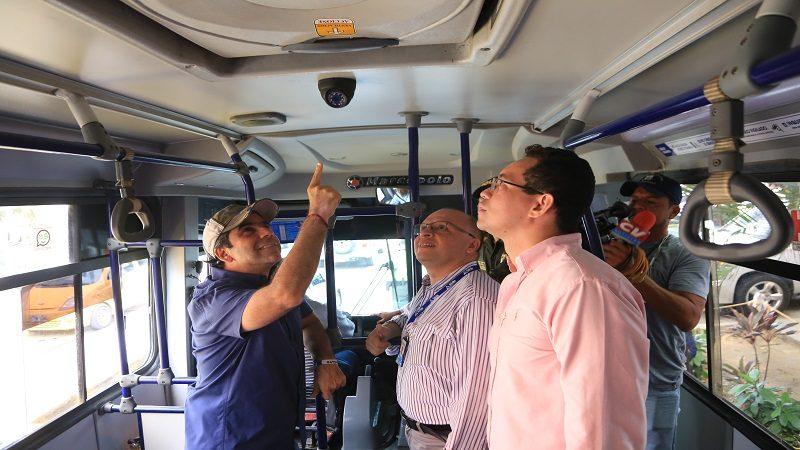 Instalan cámaras de video-vigilancia en 200 buses para contrarrestar la delincuencia