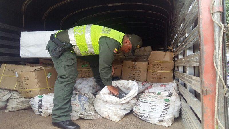 Policía incautó 7 toneladas de plomo en Malambo