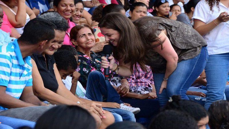 Con la participación de 14.000 padres Distrito realizó Escuela de Familias