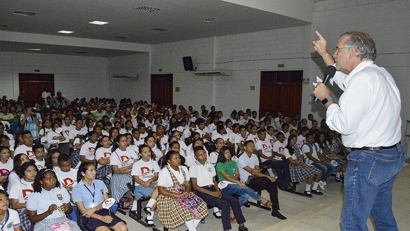 Gobernación fortalece sistema educativo con 'Atlántico Da+'