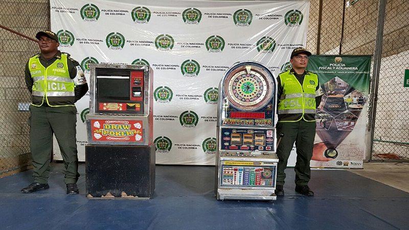 Incautan máquinas traga-monedas ilegales y mercancía de contrabando en Barranquilla