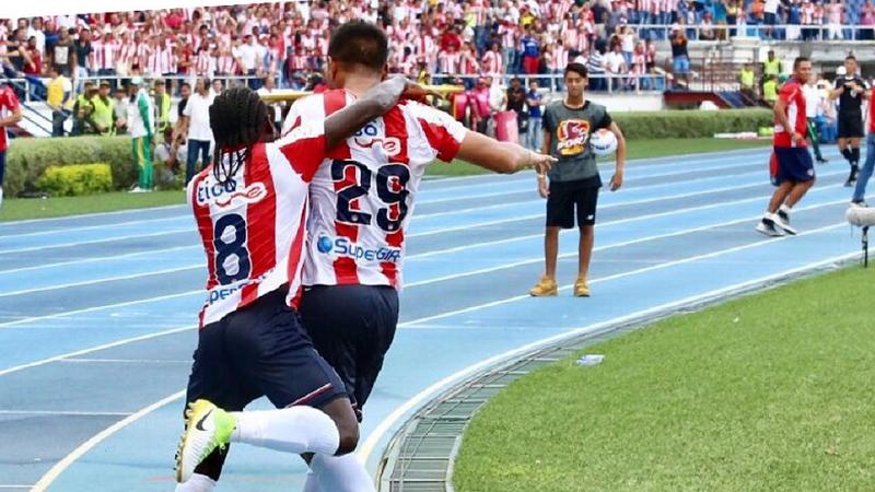 Junior derrotó 2-0 a Nacional con golazos de 'Teo' y Jarlan