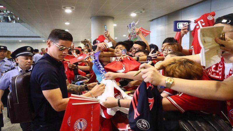 Llegada de James y el Bayern a China desata locura de los hinchas