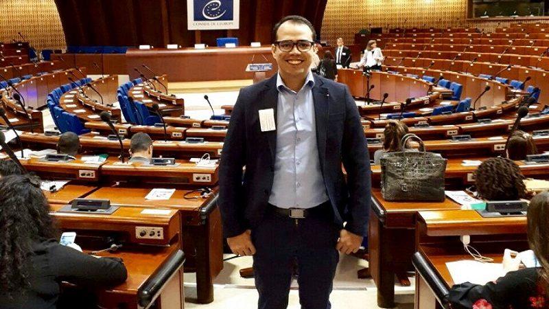 Profesor de la Universidad de la Costa representa a Colombia en la 48a sesión anual de educación en Francia