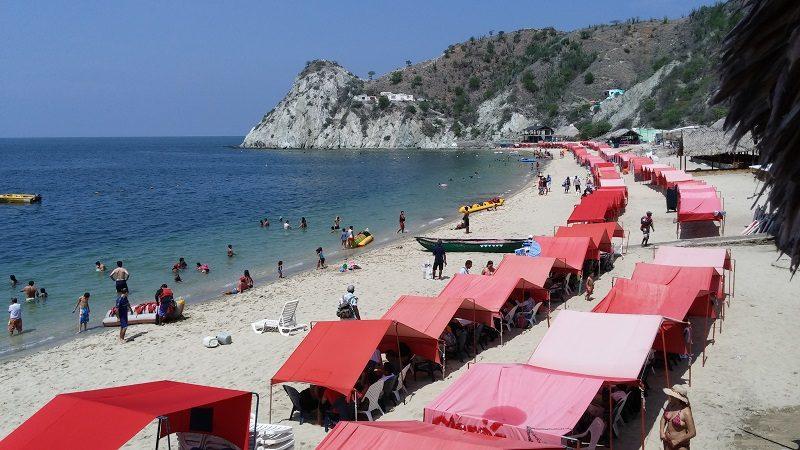 Prohíben temporalmente ingreso de turistas a Playa Blanca