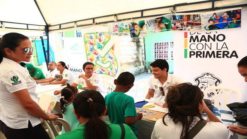 En el cumpleaños del barrio El Santuario, Alcaldía llevó su 'Feria Convive'