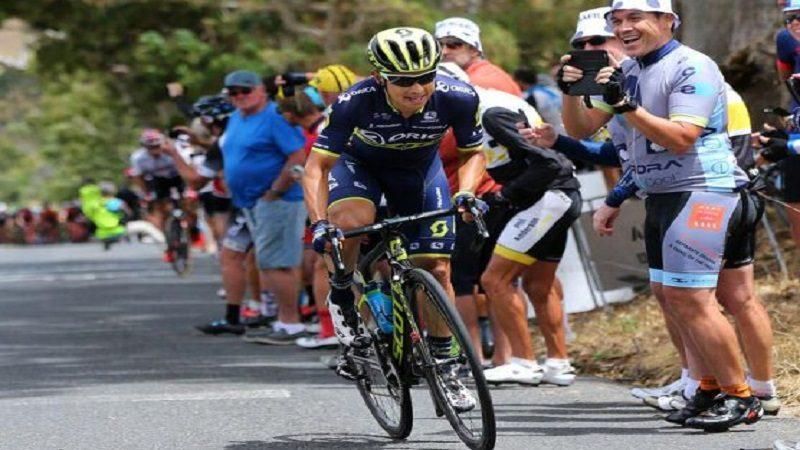 Froome sigue líder de la Vuelta a España, Chaves ya es tercero