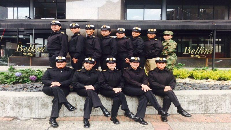 Las primeras 14 mujeres suboficiales de la Armada Nacional cumplen 20 años de servicio a la Patria