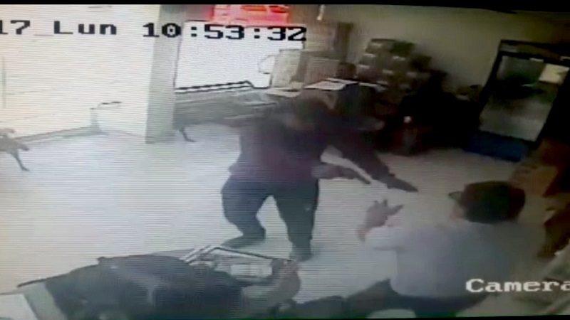 Revelan vídeo del asesinato de asesor de ventas en gasolinera del barrio Cevillar
