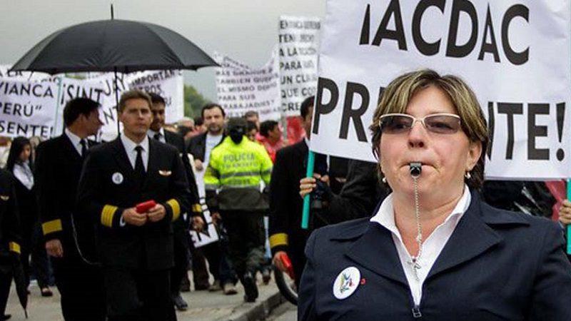 Gobierno busca diálogo y acuerdo entre Avianca y sindicato de aviadores civiles