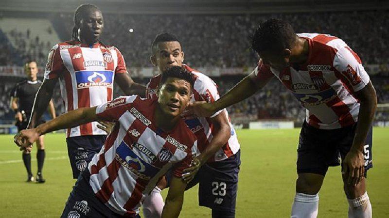 Junior goleó 3-1 al Cerro Porteño en el Metropolitano y avanzó a cuartos de final