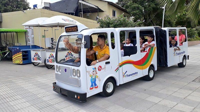 MiniTransmetro, nueva atracción para niños en el parque Munvdi