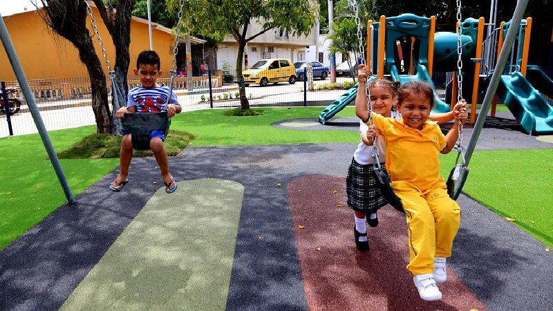 Alcalde Char entrega 4 vías pavimentadas y un parque recuperado en la Ciudadela 20 de Julio