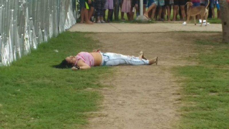 De un tiro en el rostro asesinan a una mujer en el barrio La Chinita