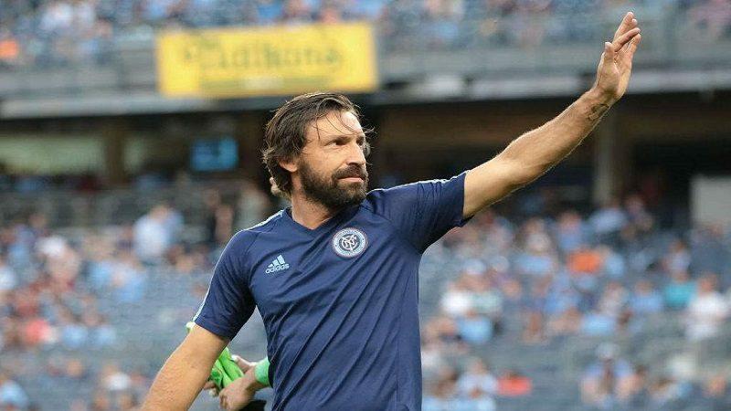 El italiano Andrea Pirlo se despide del fútbol