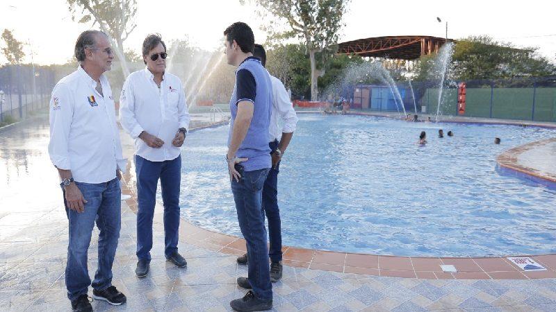 Abren nueva piscina para adultos y salón de eventos en el parque Muvdi