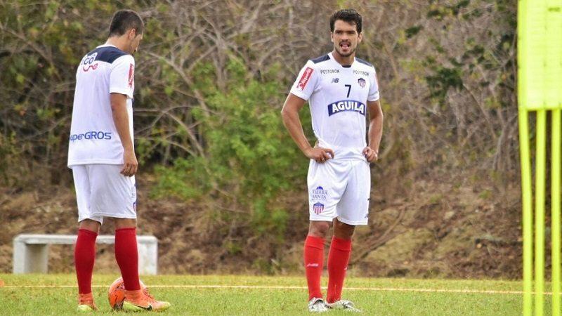 Junior le renovó contrato a Sebastián Hernández