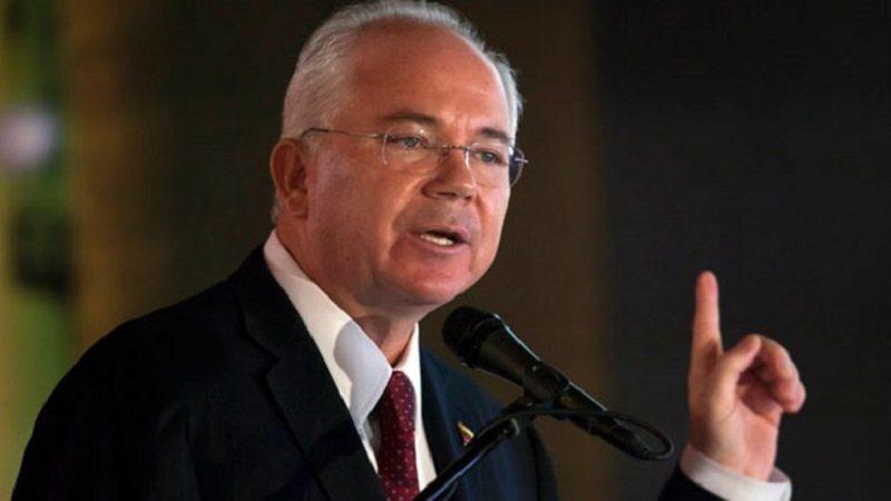 Venezuela abre una investigación contra su exembajador en la ONU