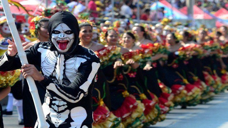 Alcaldía brinda asesoría a participantes en convocatoria para hacedores del Carnaval 2018