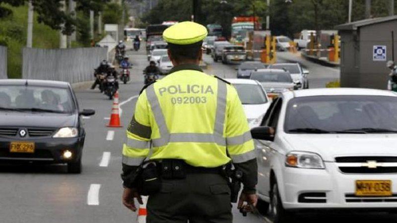 Autoridades recomiendan a conductores 'madrugarle' al Plan Retorno en el puente de Reyes
