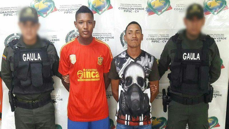 Los capturan cuando extorsionaban a un comerciante en el barrio Simón Bolívar