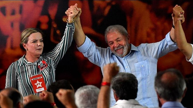 Lula da Silva lanza su precandidatura presidencial pese a estar condenado