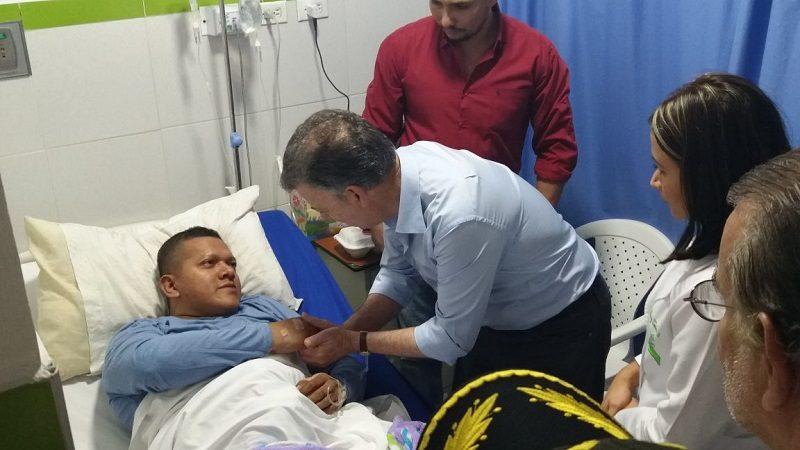 Presidentes Santos viajó a Barranquilla a visitar a las familias de los patrulleros fallecidos