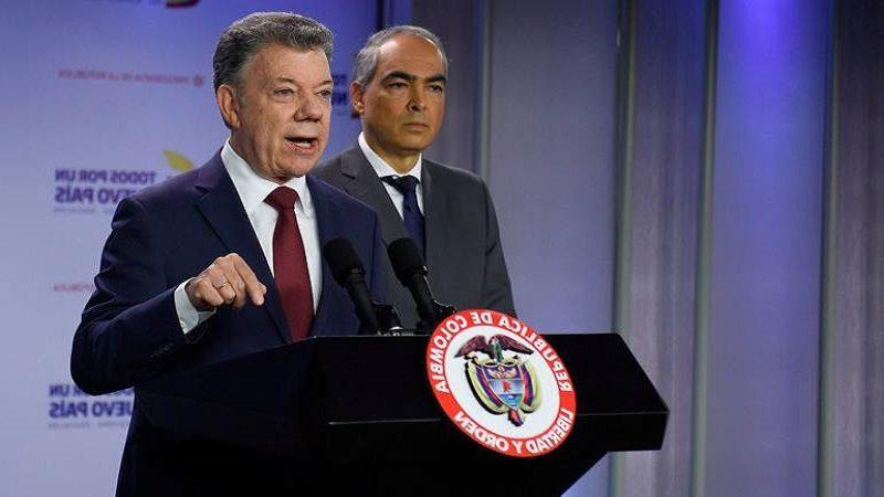 Santos ordena a equipo negociador con el Eln quedarse en Bogotá