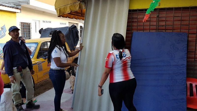 Alcaldía de Soledad entrega ayudas a afectados por atentado a CAI de Soledad 2.000
