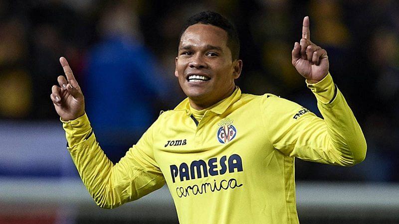 Carlos Bacca, titular en la derrota 3-1 de Villarreal frente al Lyon