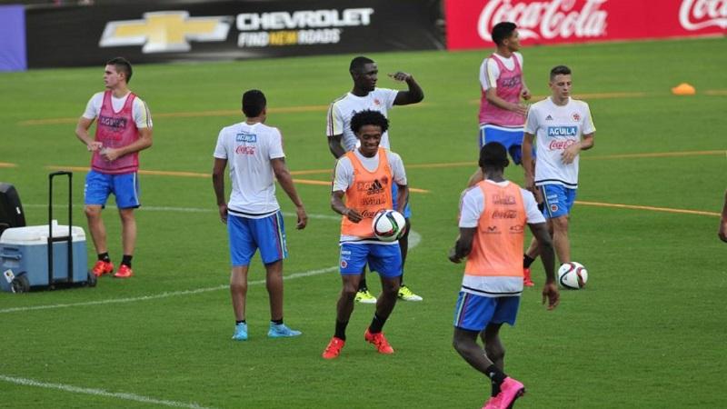 Colombia entrenar en el estadio sviyaga de kazan durante for Comedores escolares en colombia