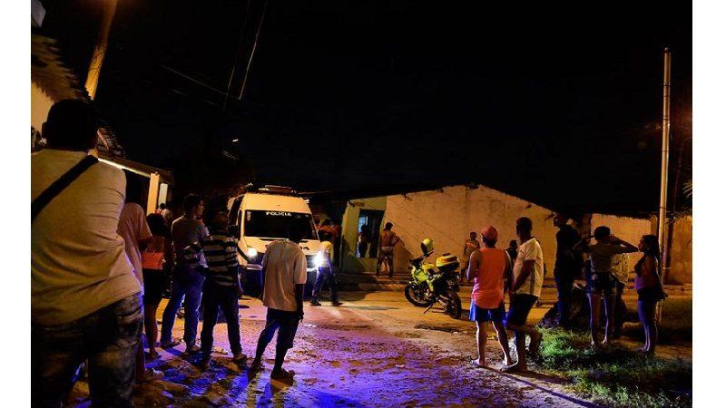 Cuatro sicarios en moto asesinan a dos hombres en el barrio El Bosque