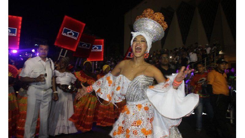 Derroche de cultura y tradición reinó en la Guacherna