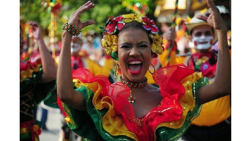 Distrito fortalece acciones de respeto hacia las mujeres en temporada de Carnaval