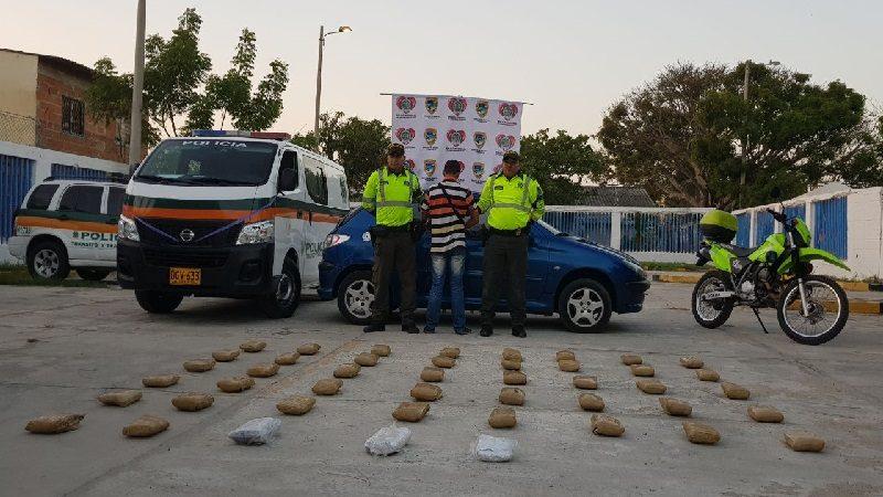 Encuentran narco-carro relleno de marihuana en la vía Oriental