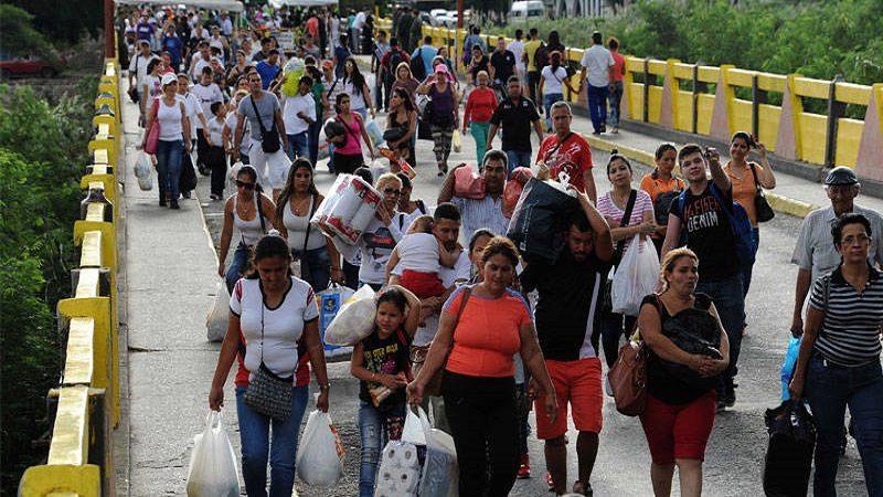 Este jueves, Gobierno da a conocer medidas para atención y control a venezolanos