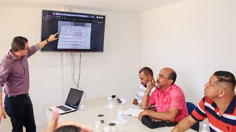 Gobernación y Anthoc analizan nuevo 'Plan Salvavidas' para el Cari